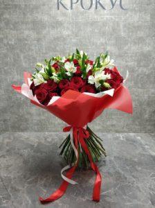 красные и белые цветы