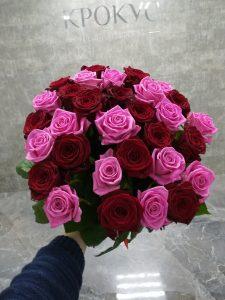 Красные и розовые розы