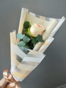 Букет из 1 розы