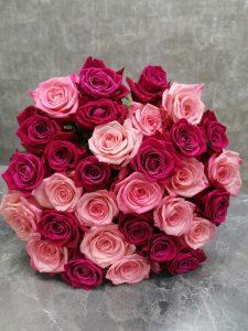 яркий микс роз